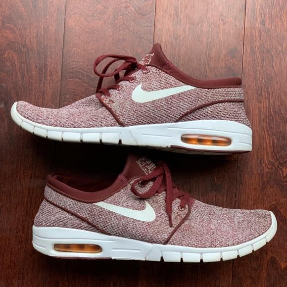 97f9d617ff64 Nike SB Stefan Janoski Max Men s Shoes. M 5bdc523cc2e9fea114877131